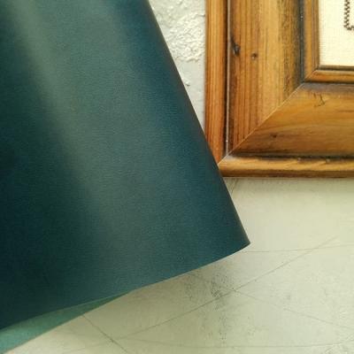 Переплетный кожзам малахитового цвета без тиснения 35х50 см