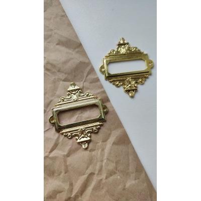 Винтажная рамка металлическая прямоугольная (золото)