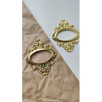 Винтажная рамка металлическая овальная  (золото)