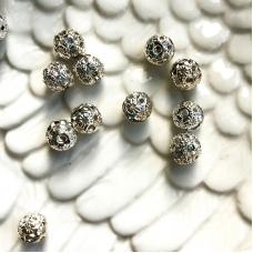 Бусина металлическая с полоской из страз, 8 мм, серебро