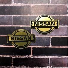 Табличка Nissan 4х3 см, золото