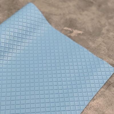 Кожзам на тканевой основе в ромбик, отрез 34х45 см, цвет голубой