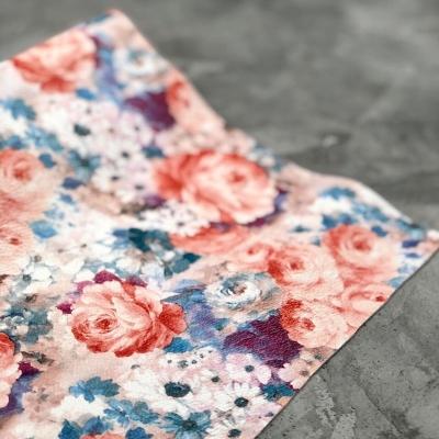 Кожзам на тканевой основе с розами, отрез 34х45 см