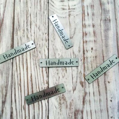 """Табличка """"Handmade"""" серебряная 1"""