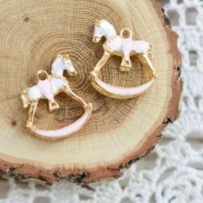 Подвеска-лошадка, розовый