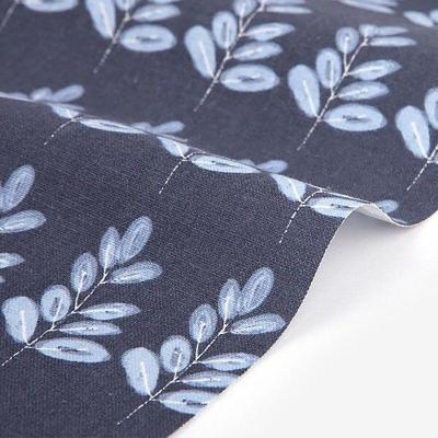 Отрез льна DailyLike 45х35 синий в крупный растительный узор