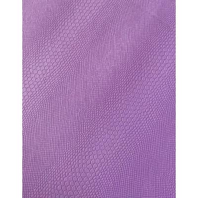 Кожзам на тканевой основе фиолетовый питон 33х70 см