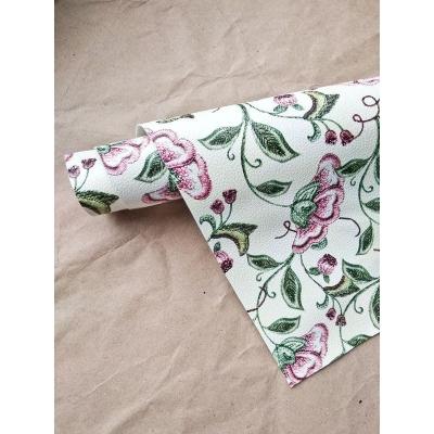 Кожзам на тканевой основе с цветами под вышивку 34х45 см