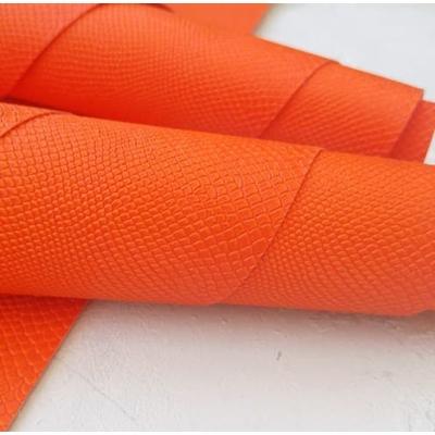 Переплетный кожзам ярко-оранжевого цвета с тиснением питон 35х50 см