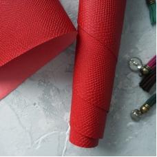 Переплетный кожзам красный  с тиснением под кожу питона 35х50 см