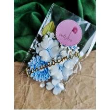 Набор цветов Polly.tra с хризантемой, голубой