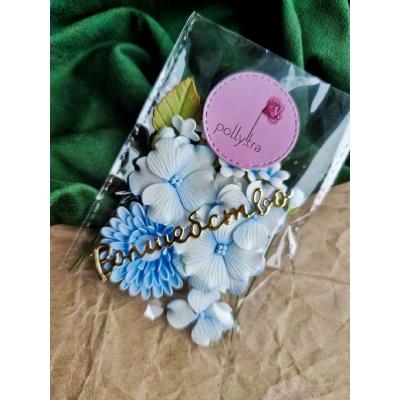 Набор цветов с хризантемой, голубой