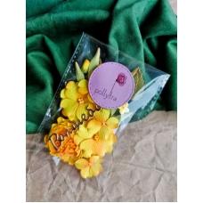 Набор цветов Polly.tra с пионом, желтый