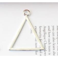 Подвеска в форме треугольника серебро