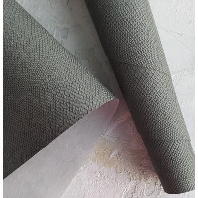 Переплетный кожзам темно-серого цвета с тиснением питон 35х50 см